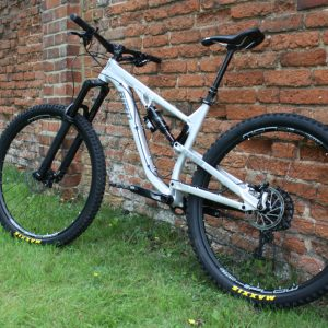 Aeris AM9 Complete Bike Deposit