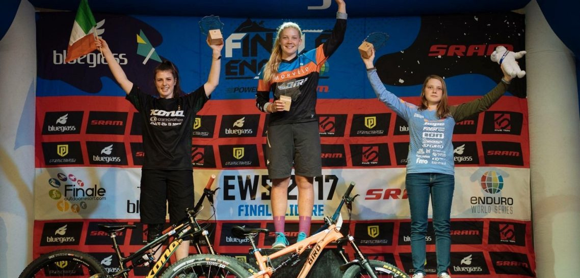 Ella Conolly wins the U21 category of the Enduro World Series riding her Bird Aeris 145!